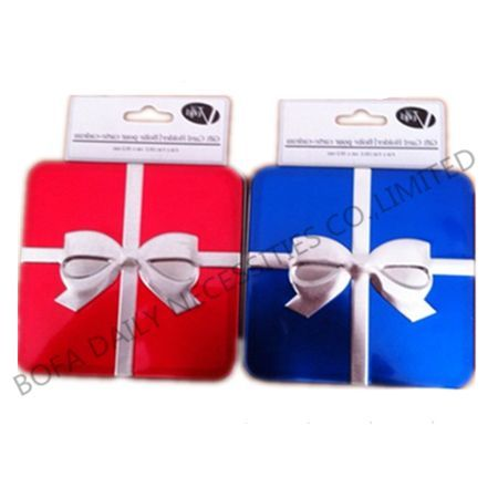 Gift tin case with hearcard