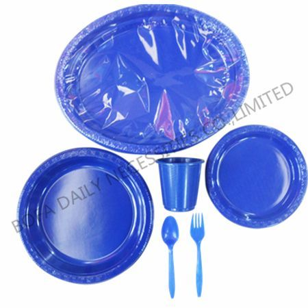 Dark blue plastic tableware se...